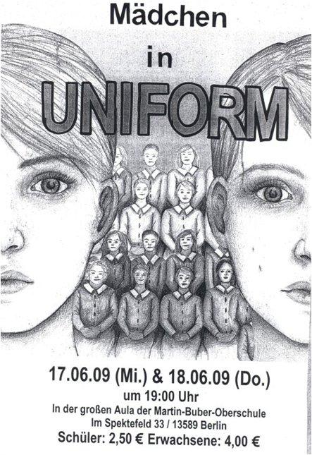 2009_ds_maedchen-in-uniform